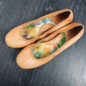 Born Brown Leather Ballet Flats - Sz 10